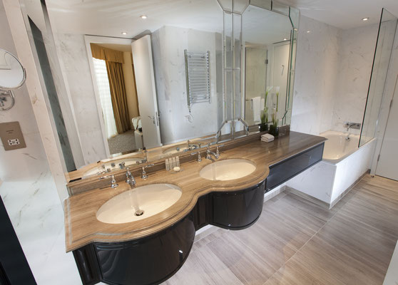 Dorsett Shepherds Bush Suite Bathroom