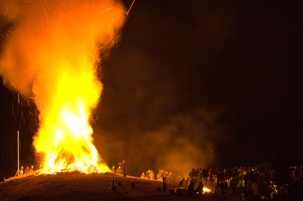 Osterfeuer in Lerbach 2006