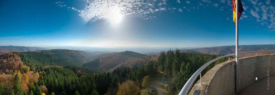 Berge, Felsen und Täler: Knollen, Blick vom Turm nach Süden