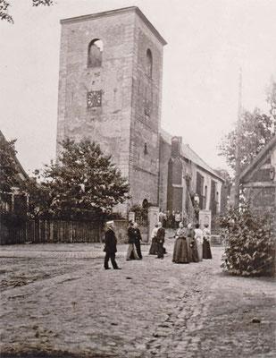 Kirche 1905, nach dem Kirchturmbrand