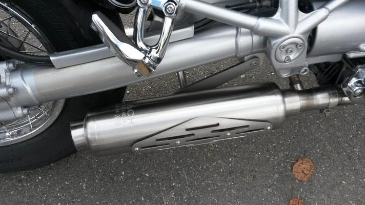 BMW R1200C mit ZACH-Auspuff