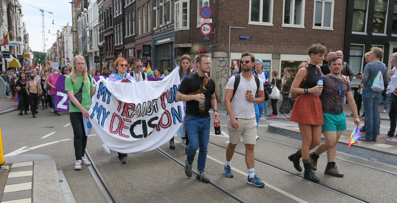 Pride Walk 2021 Amsterdam 00125