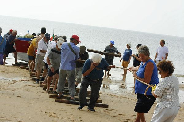 FISHERMAN - MEIA PRAIA LAGOS 2006 -9200617