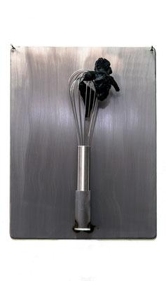 ANGELA SCHILLING  I  Home sweet home (1)  I Stahl, Kunststoff  I  40 x 30 x 8 cm