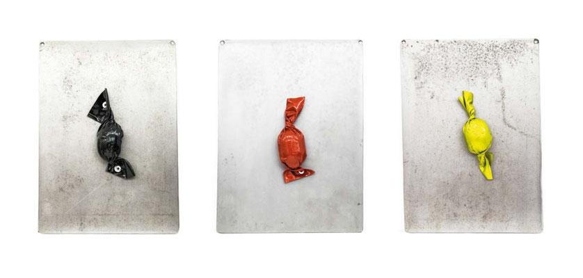 ANGELA SCHILLING  I  Kohle Candy  I Stahl, Eierkohle, Autofolie  I  18 x 15 x 2,5 cm  I  Auflage 10