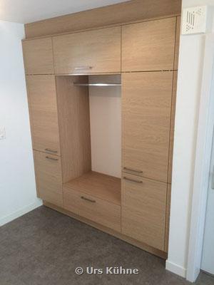 Garderobe 1 In Eiche Melaminharzbeschichtung Quer Struktur