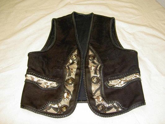 Wasserbüffel/Python Mix Lederweste,Intarsien verkauft