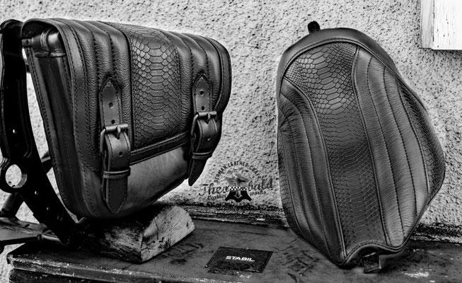 Rocker C Custom Sitzbank Snake Prägung Leather