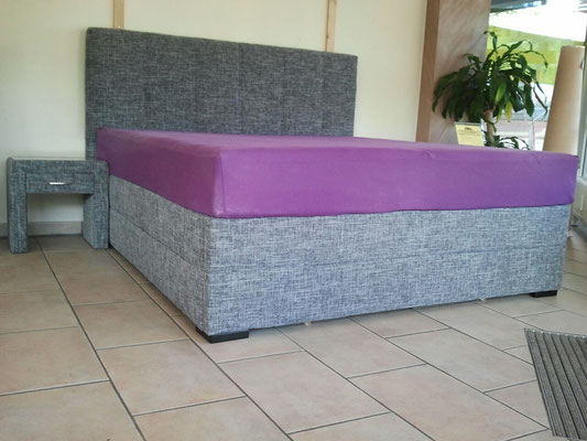 Wasserbett in Boxspringbett Optik
