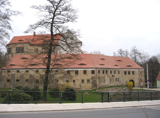 Gesamt-Anlage 2003, Fassaden noch alt, Dächer größtenteil bereits saniert