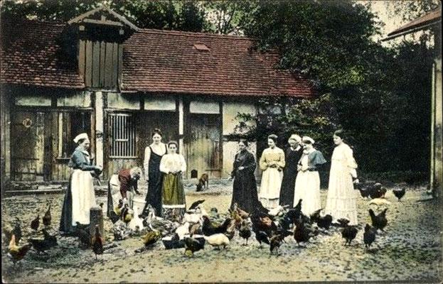 Augustusbad, Luisenhof auf dem Silberberg, Bewohnerinnen