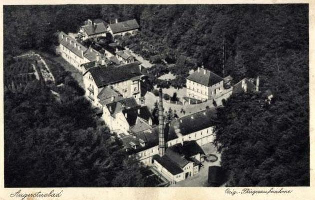 Augustusbad, Gesamtanlage im Tannengrund. Flieger-Aufnahme