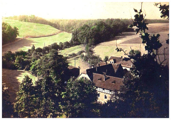 Frauenheim Tobiasmühle. Links am Hang kommt der Weg von den Leithen / Talmühle.  Quelle: Museum Schloss Klippenstein.