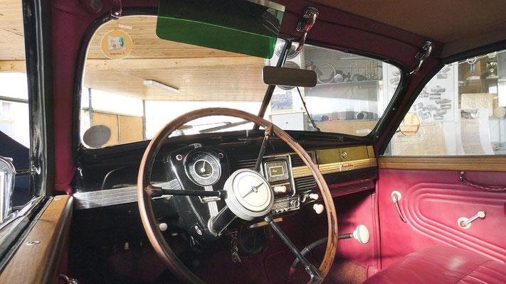 Opel Kapitän 1938, Cabrio Zweisitzer. Armaturenbrett. Foto Schönfuß