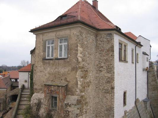 Der Nordost-Flügel vor der Sanierung. Aufn. Museum Schloss Klippenstein.