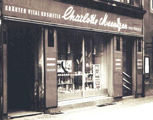 Charlotte Meentzen, Parfümerie, Institut 1969