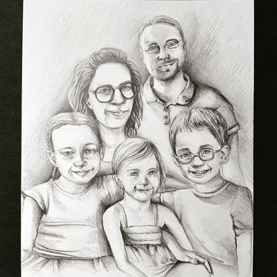 Composition d'après plusieurs photos. Crayons graphites sur papier. 16 x 20 po - 40,64 x 50,8 cm - 2020