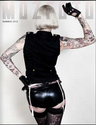 Backcover MOZFOTO Magazin NYC |Sandy P.Peng