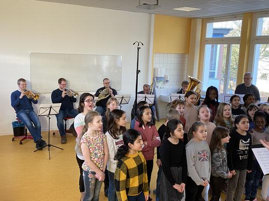 Die Bläser der Bremer Philharmoniker und der Kinderchor Landskrona waren ein tolles musikalisches Team!