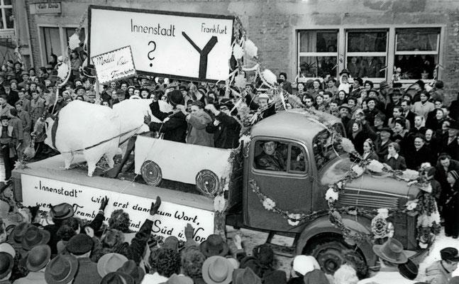 Das Thema Straßenbahn in Vilbel ist seit über 100 Jahren ein Thema, auch in 1955. (Stadtarchiv Bad Vilbel)