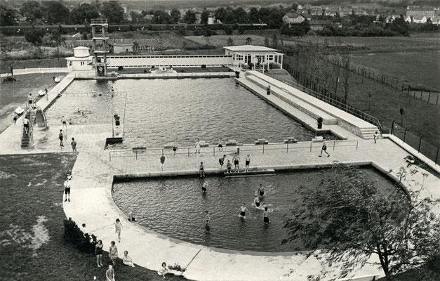 Blick auf das Freibad Ansichtskarte postalisch gelaufen 1939