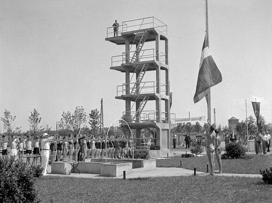 Eröffnungszermonie des Sportfestes im Jahr 1937 (Bestand Otto Weihl)