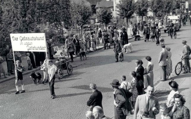 125 Jahre Vilbeler Markt 1950. Verein für Deutsche Schäferhunde (Stadtarchiv Bad Vilbel)