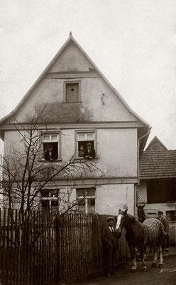 Das Haus Fischergasse Nr. 5,  ca. 1928 (Stadtarchiv Bad Vilbel)