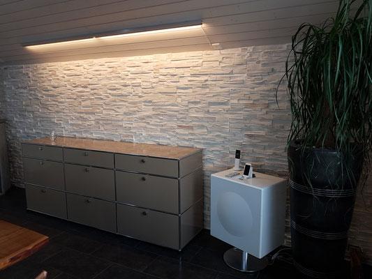 Steinwand beleuchtung awesome unglaublich wohnzimmer mit steinwand beleuchtung haus pinterest - Steinwand beleuchten ...