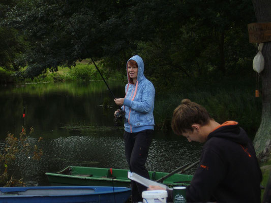 Mal sehen ob wir was angeln...