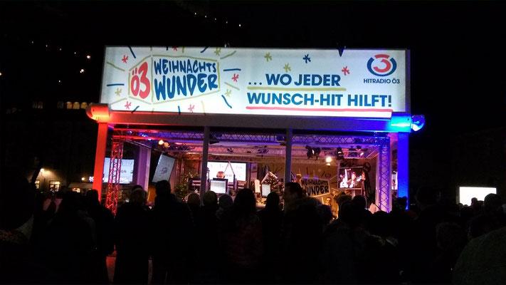Die Ö3 Wunschhütte zu Gast am Salzburger Kapitelplatz