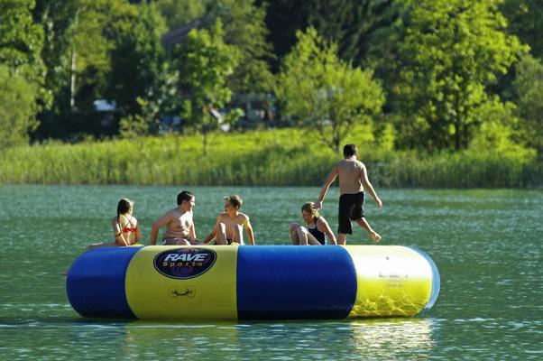 Aquajumping am Thiersee im Kufsteinerland