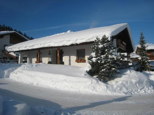 Haus TIROL  wie im Winterwunderland