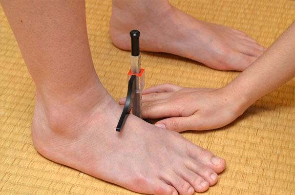 足甲の計測