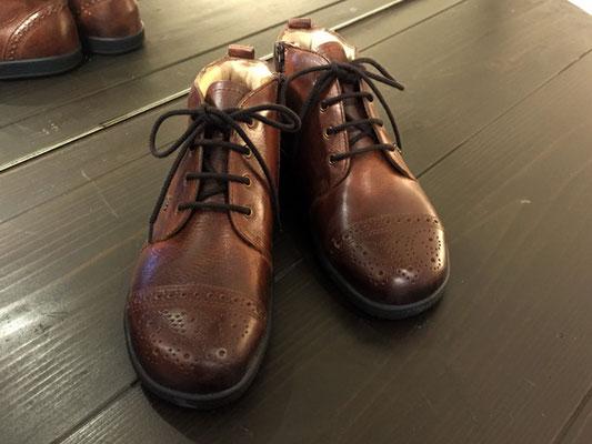 FinnComfort/MATSUMOTO/37800 細身の足のあなたに!アンティーク調のカラーがおすすめ