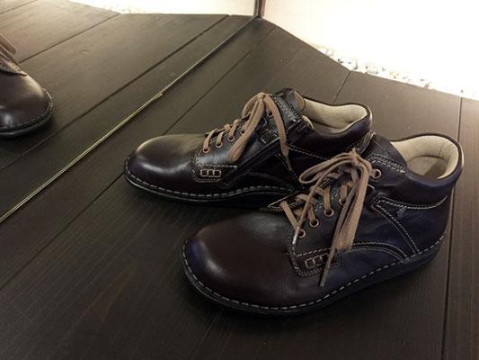 FinnComfort/ZAO/41040 男女兼用モデルのため、男性でもショートブーツが楽しめます