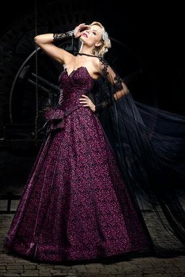 pinke brautkleider-gothic hochzeit
