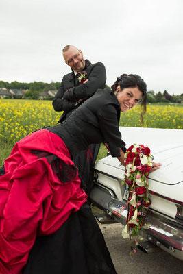 rot schwarz Brautkleid, Gehrock