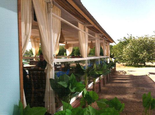 Лёгкие занавески (шторы) из непромокаемой синтетической ткани для открытых веранд, террас, беседок
