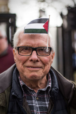 Man showing his solidarity with the people in Gaza during a pro-Palestine protest in front of Downing Street. London, March 2018.