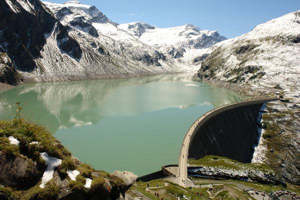 Zeller See mit Gebirge