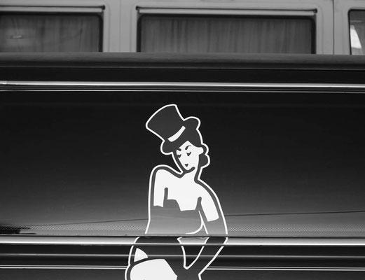Lady limousine