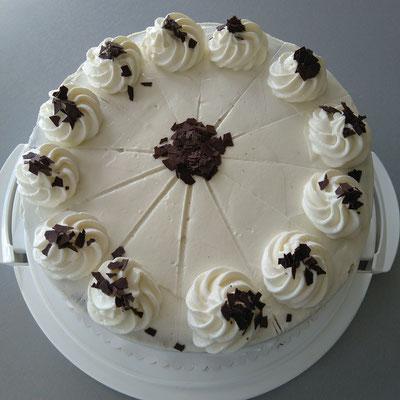 Kirsch-Sahne Torte 1/2