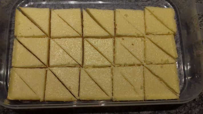Biskuit-Frischkäseecken