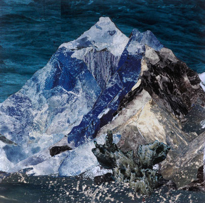 Mountain of water #1 Everest - Fotografie auf Leinwanddruck von Handcut Paper Collage (120cm x 120cm) © Edel Seebauer