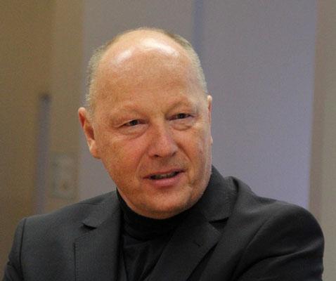Willi Urbanek.