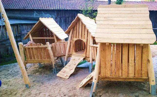 ©ghepetto │ Haus 42 Vogelhäuschendorf- Ansicht 1 │ Bestellnummer: 30197