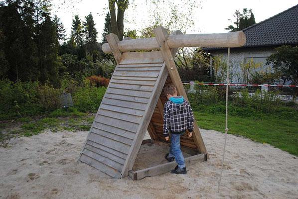 """©ghepetto │ Spielhaus """"Zeltdachhütte"""" │ Art. Nr. 30212"""