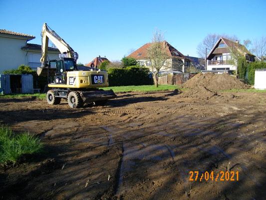Der Beginn des Aushubes der Baugrube am 26.04.2021