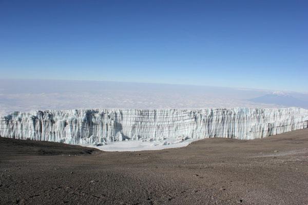 Blick auf den Kilimandscharo Gletscher